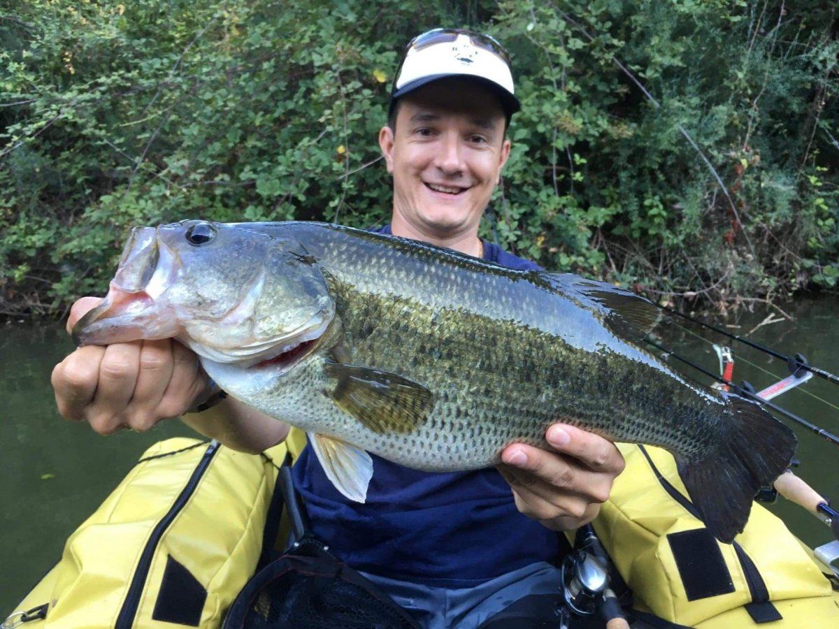Pêche du black-bass en float tube