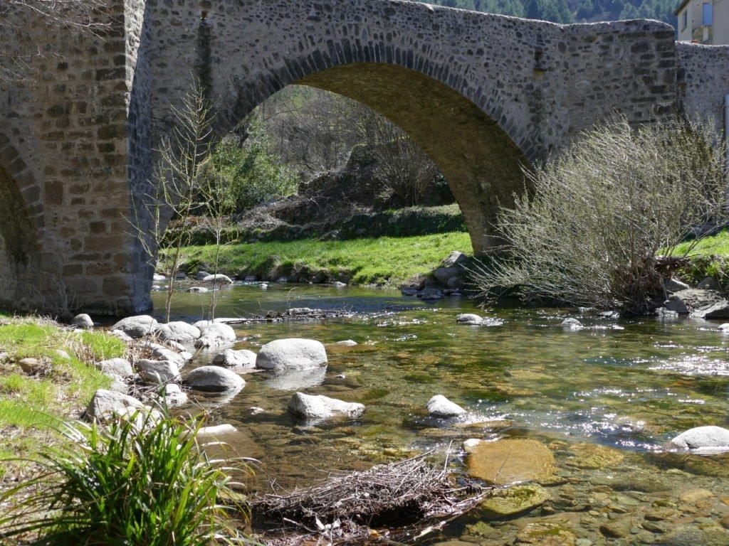Pêche aux appâts naturels dans le Gard